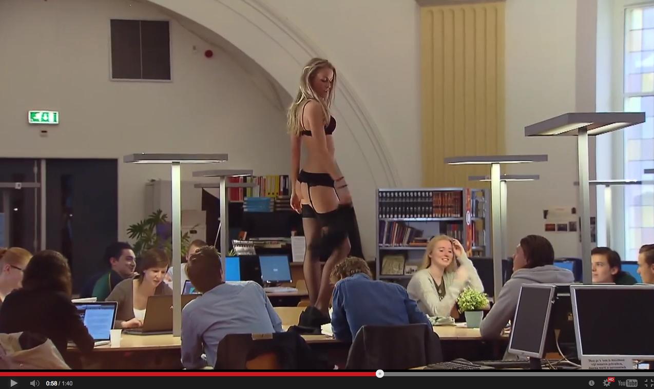 Striptease-Uni