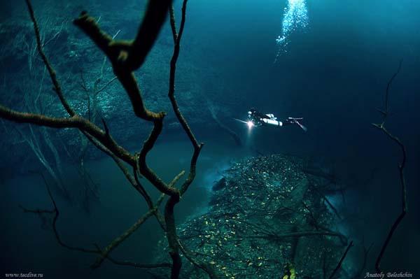 ocean-floor-river2