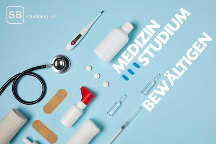Medizinische Utensilien und Medikamente zum Thema Medizin-Studium bewältigen