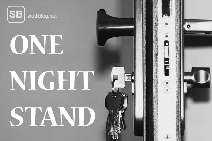 Abgeschlossene Haustür mit One-Night-Stand Schrift