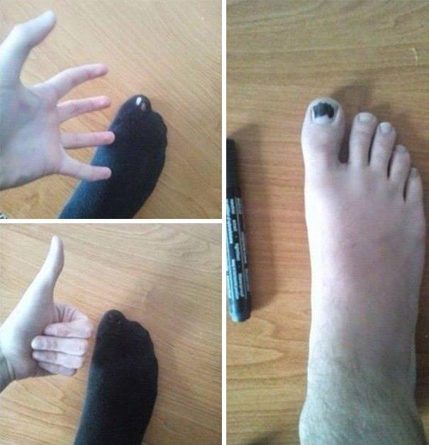 Lifehacks - Anstatt einen Socken zu flicken, kann man auch seinen Zehennagel in Sockenfarbe anmalen