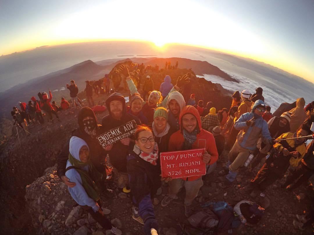 Die Gruppe auf dem Gipfel des Rinjani