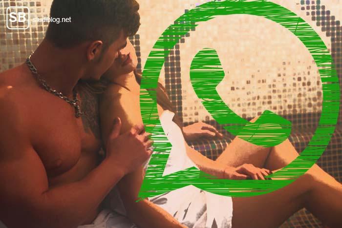 Paar in der Sauna zum Thema Sauna-Sexting